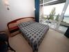 Хотел Лилия12