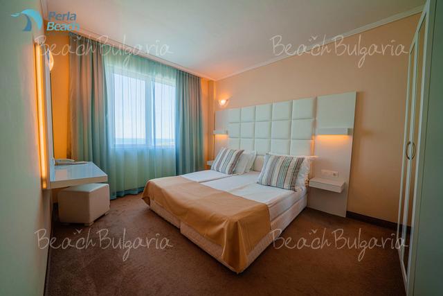 Хотел Перла Бийч 1 24