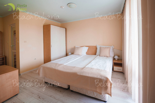 Хотел Перла Плаза 19