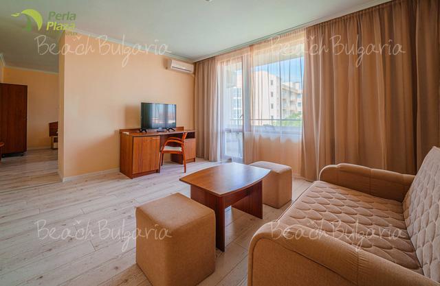 Хотел Перла Плаза 24