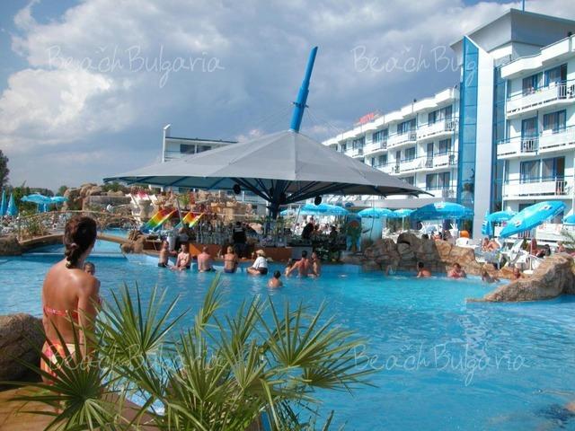 Хотел Котва12