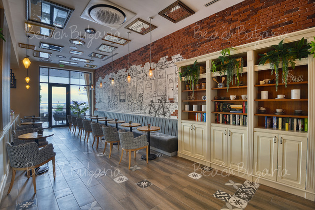 Хотел Грифид Вистамар 28