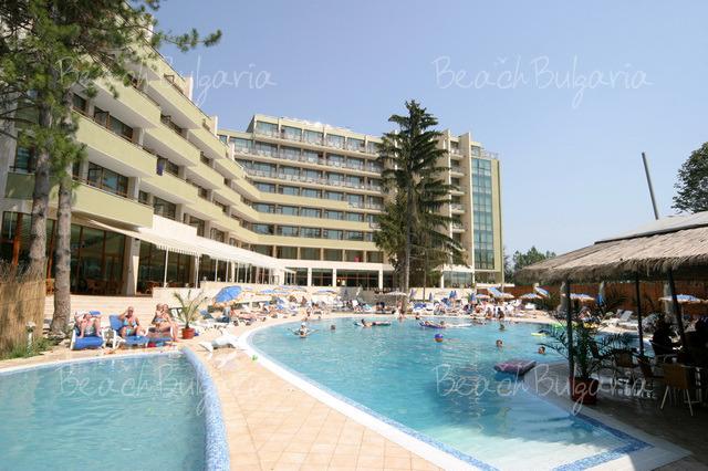 Хотел Еделвайс 2