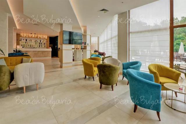 Хотел Еделвайс 12