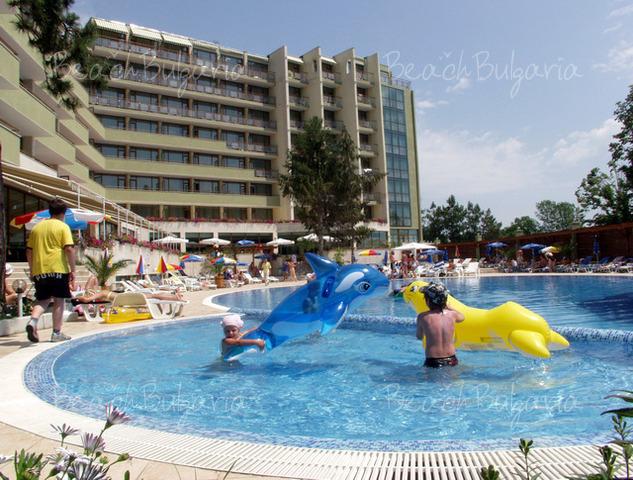 Хотел Еделвайс 3