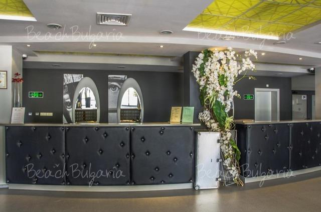 Хотел Гладиола Стар 9