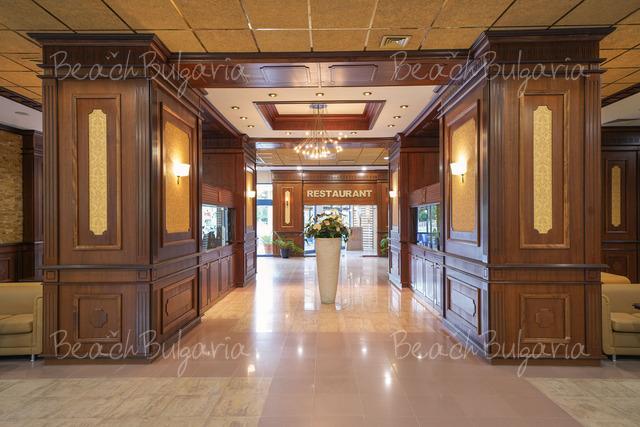 Хотел Грифид Арабела 11