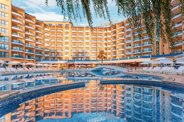 Хотел Грифид Арабела 5