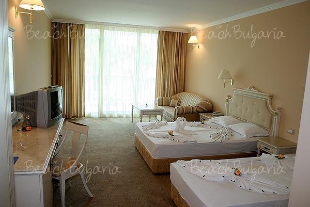 Хотел Марина Бийч7