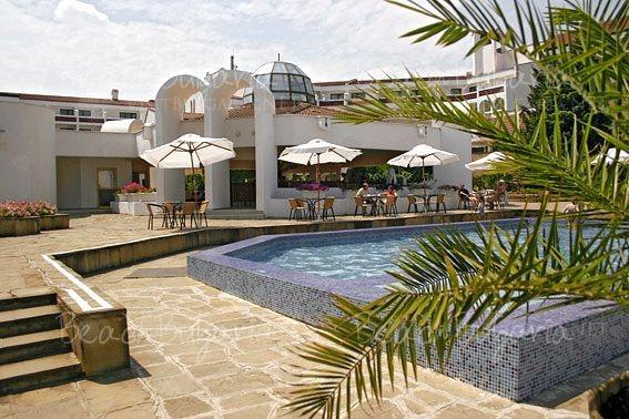 Хотел Пеликан13