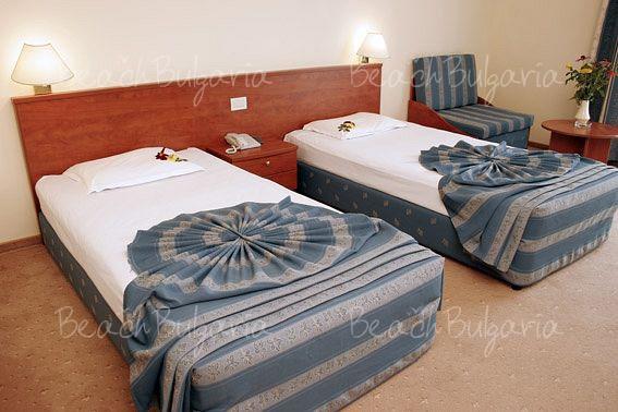 Хотел Пеликан4