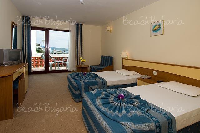 Хотел Пеликан5