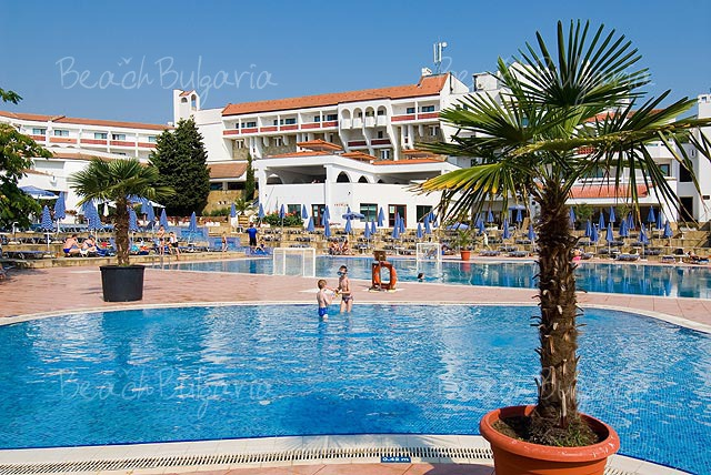 Хотел Пеликан8