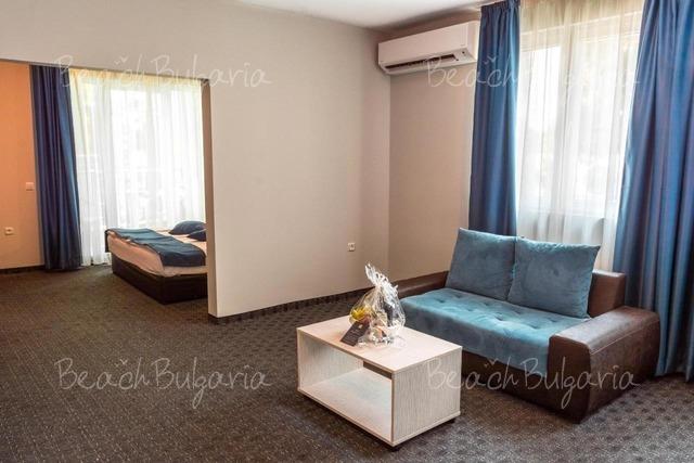 Хотел Арсена 12