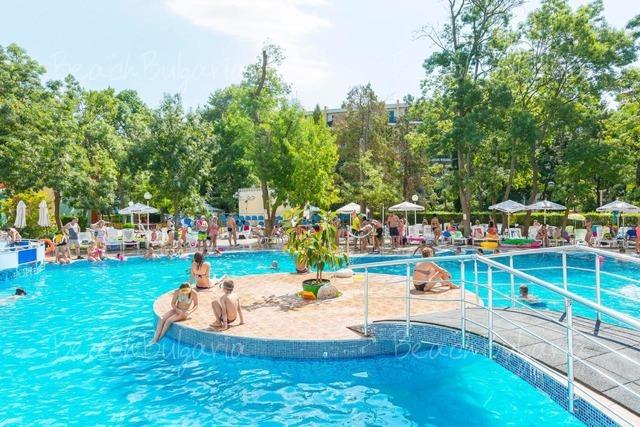 Хотел MPM Калина Гардън4