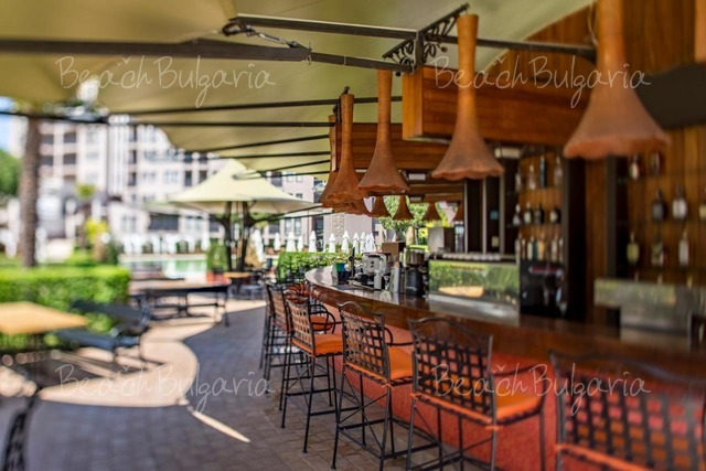 Хотел Барсело Роял Бийч 17
