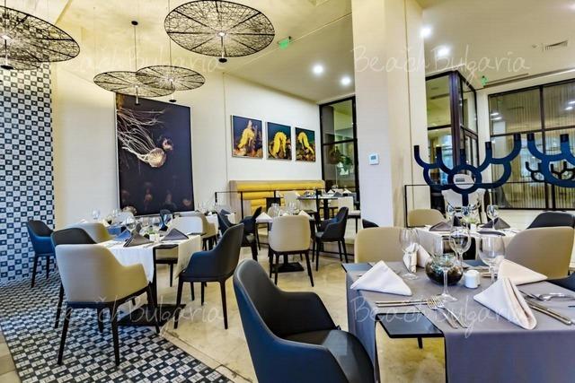Хотел Барсело Роял Бийч 20