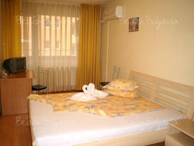 Хотел Сорбона7