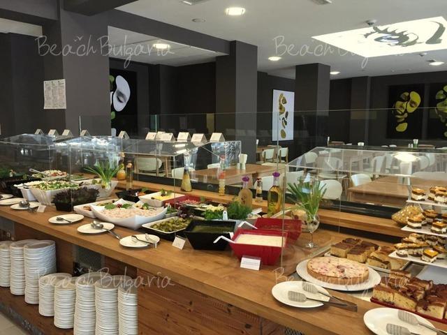 Хотел Гладиола9