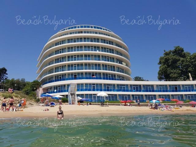Хотел Сириус Бийч 2