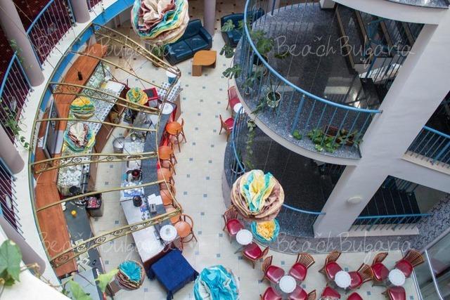 Хотел Сириус Бийч 7