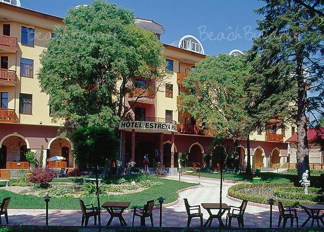 Хотел Естрея Палас