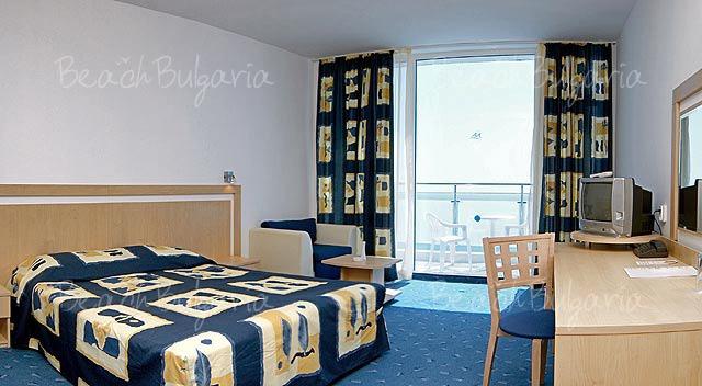 Хотел Аква Азур6
