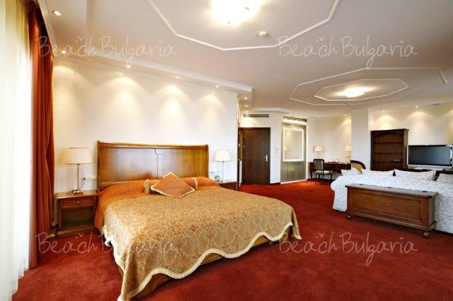 Гранд Хотел Поморие14