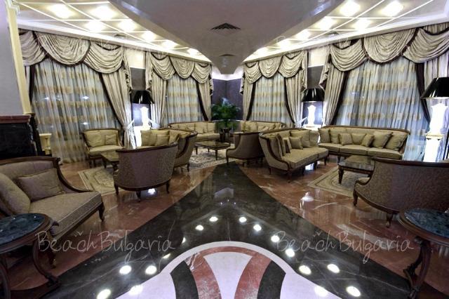 Гранд Хотел Поморие7