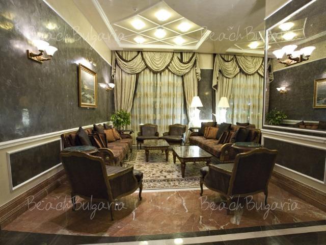 Гранд Хотел Поморие8