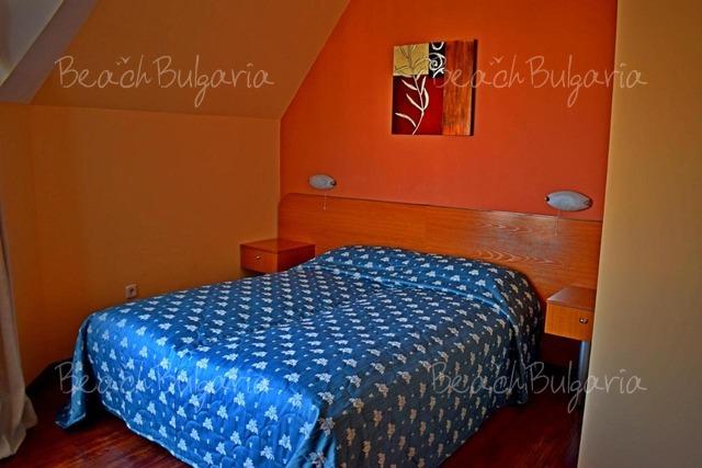 Семеен Хотел Роял Бийч 7