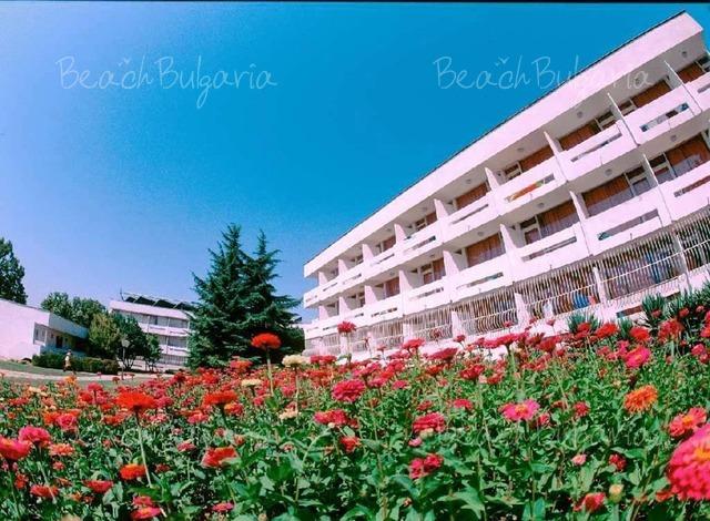 Хотел Компас 5