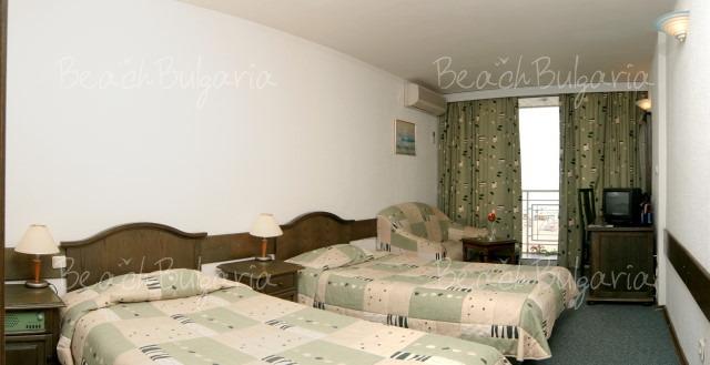 Хотел Гергана8
