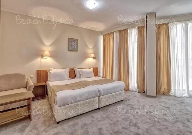 Хотел Континентал (бивш Централ)14
