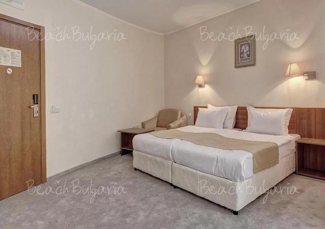 Хотел Континентал (бивш Централ)15