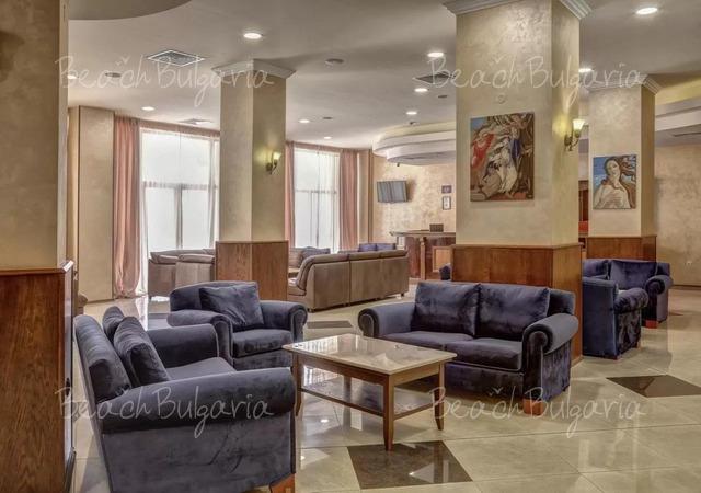 Хотел Централ 4