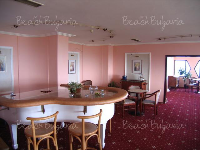 Хотел Добруджа13