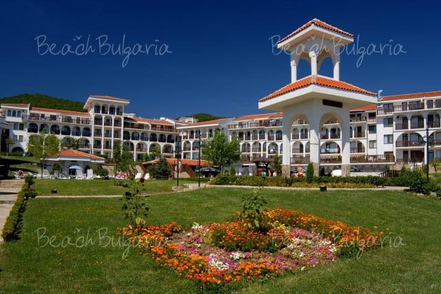 Хотел Камбани 4