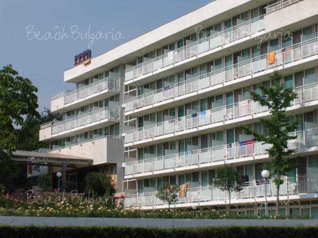 Хотел .COM 2