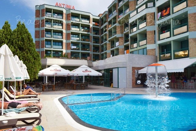 Хотел Актиния2