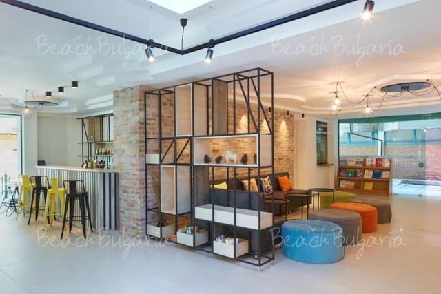 Хотел Актиния5