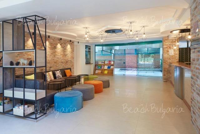 Хотел Актиния6