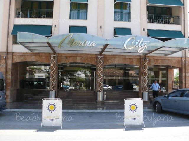 Апартаментен хотел Марина Сити2