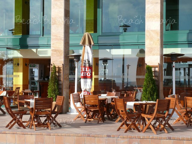 Апартаментен хотел Марина Сити13