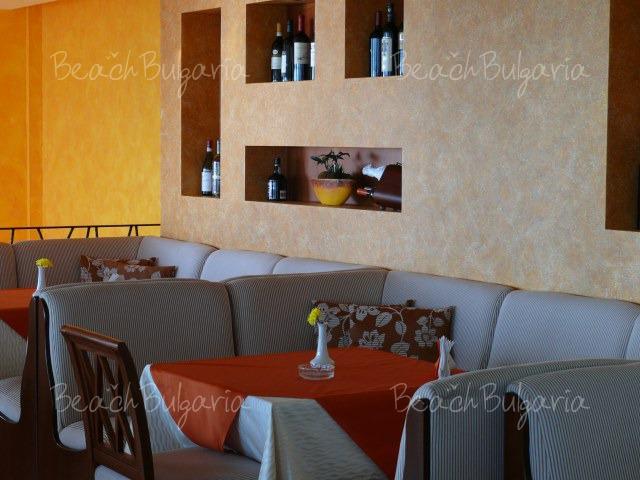 Апартаментен хотел Марина Сити14
