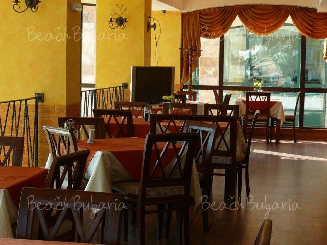 Апартаментен хотел Марина Сити15