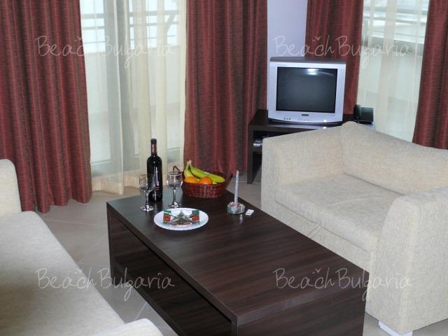 Апартаментен хотел Марина Сити8