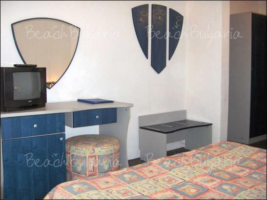 Хотел Елмар 11