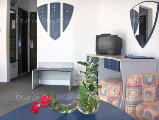 Хотел Елмар 8