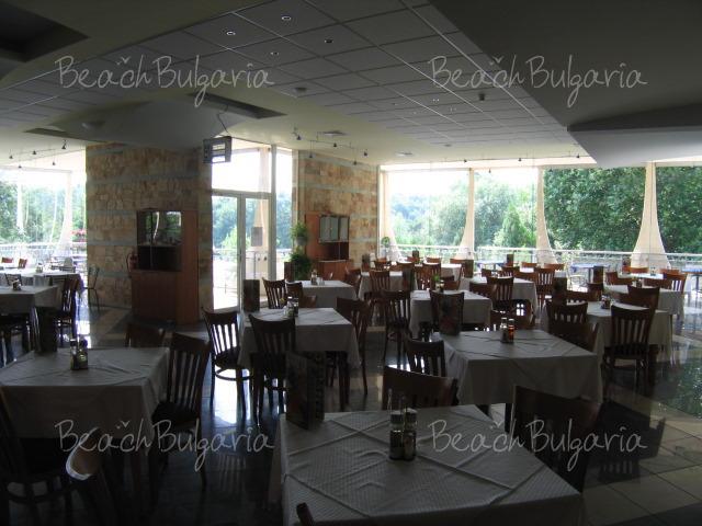 Хотел Лагуна Гардън12